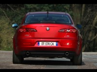 Alfa Romeo 159 photo
