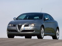 Alfa Romeo GT photo