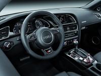 Audi S5 2012 photo