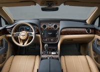 Bentley Bentayga 2015 photo