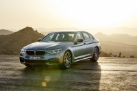 BMW 5 Series G30 photo