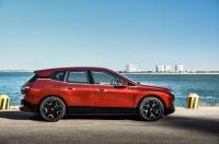 BMW iX photo