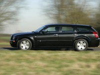 Chrysler 300C Touring photo