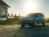 Ford Explorer photo