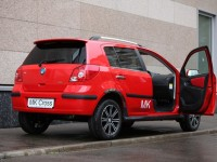 Geely MK Cross photo