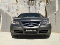 Honda Legend photo