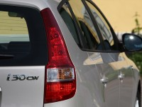 Hyundai i30cw 2010 photo