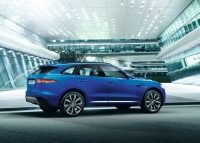 Jaguar F-Pace 2016 photo