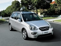 KIA Carens 2011 photo