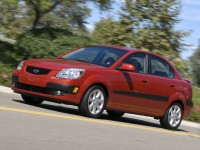 KIA Rio 2002 photo