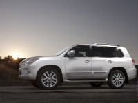 Lexus LX 2012 photo