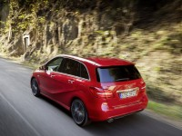 Mercedes-Benz B-Class 2012 photo