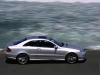 Mercedes-Benz CLK-Class photo