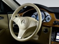 Mercedes-Benz CLS-Class 2004 photo