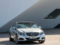 Mercedes-Benz E-Class 2013 photo