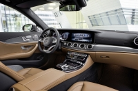 Mercedes-Benz E-Class 2016 photo
