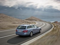Mercedes-Benz E-Class Wagon W212 photo