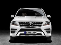 Mercedes-Benz M-Class 2012 photo