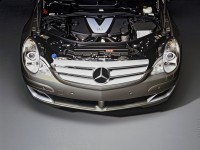 Mercedes-Benz R-Class photo