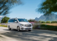 Mercedes-Benz V-class photo
