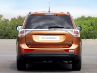 Mitsubishi Outlander 2012 photo