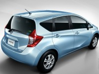 Nissan Note 2012 photo