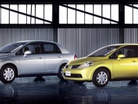 Nissan Tiida Hatchback photo