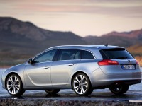 Opel Insignia Sports Tourer 2008 photo