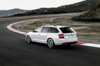 Skoda Octavia Combi RS A7 2017 photo