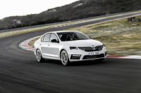 Skoda Octavia RS A7 2017 photo
