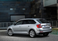 Skoda Spaceback 2013 photo