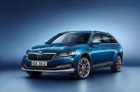 Skoda Superb Scout photo