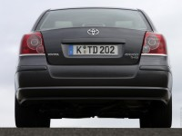 Toyota Avensis 2003 photo