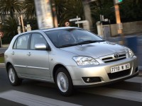 Toyota Corolla 2000 photo