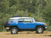 Toyota FJ Cruiser photo