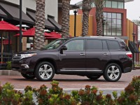 Toyota Highlander 2010 photo