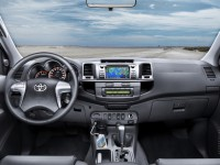 Toyota Hilux 2011 photo