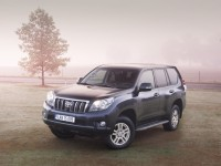 Toyota Land Cruiser Prado 2010 photo