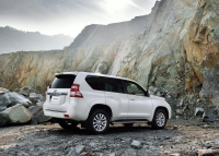 Toyota Land Cruiser Prado 2014 photo