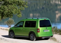 Volkswagen Cross Caddy photo