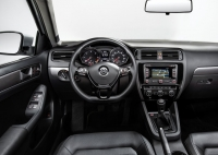 Volkswagen Jetta photo