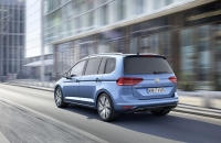 Volkswagen Touran 2015 photo