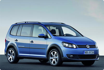 Volkswagen Cross Touran 2011